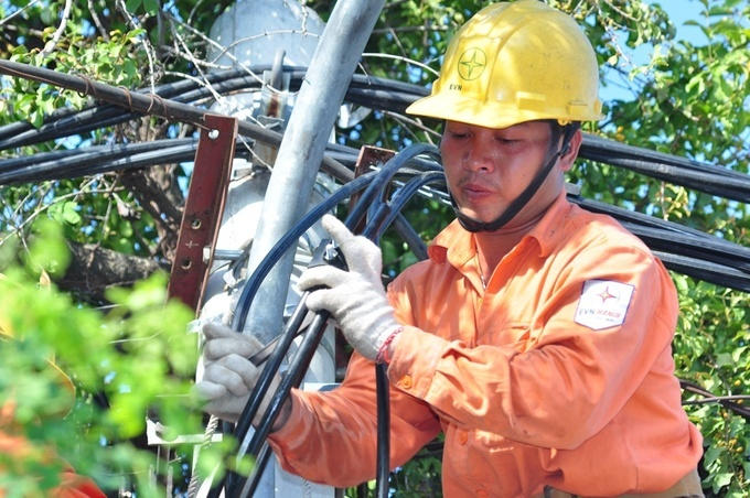 Vietnam must avoid power cuts next year: PM