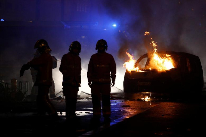 Worst riots in Paris since 1968 - 2