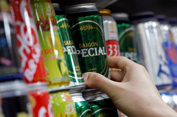 Vietnam okays unrestricted foreign ownership of largest brewer