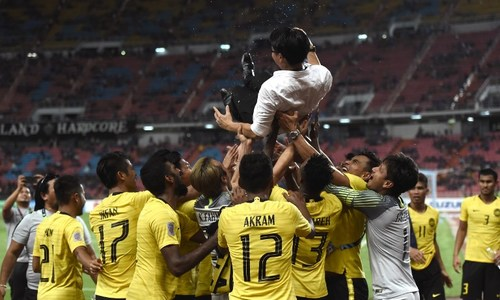 Malaysia reach AFF final as champion Thais miss late penalty