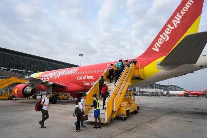 Two men arrested for threatening, attempted assault of Thai flight attendant