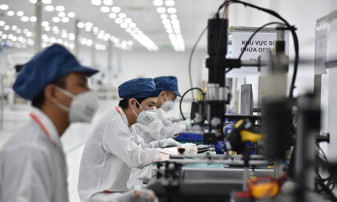 Tech, engineering to have great demand for workers in Vietnam: survey