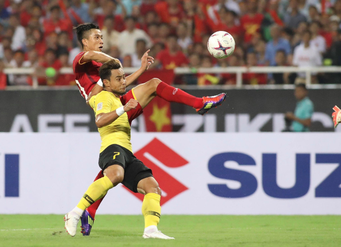 Tickets sold out for Vietnam-Malaysia AFF final, many fans disappointed