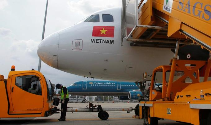 Flood of new passengers to stoke demand for jet fuel in Vietnam