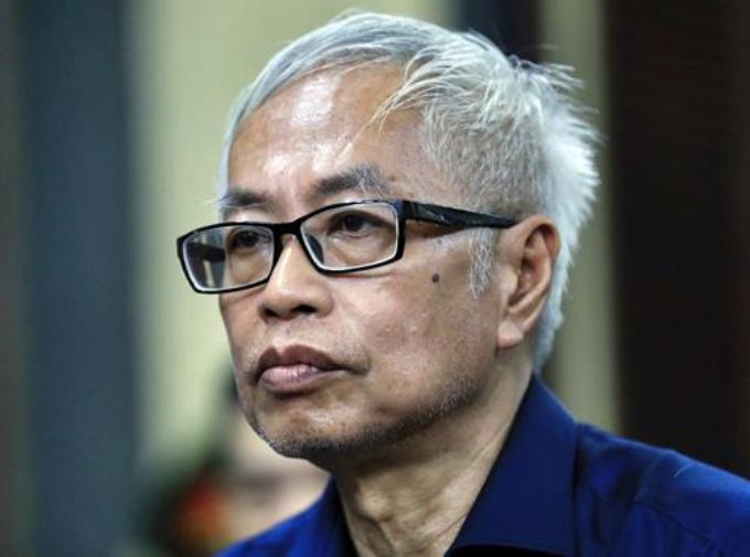 Tran Phuong Binh, former CEO of DongA Bank, at a trial in HCMC Thursday. Photo by VnExpress/Huu Khoa