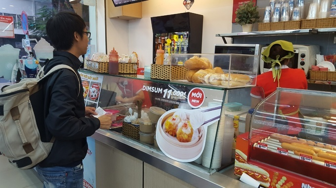 Convenience stores a haven for most Saigon youth