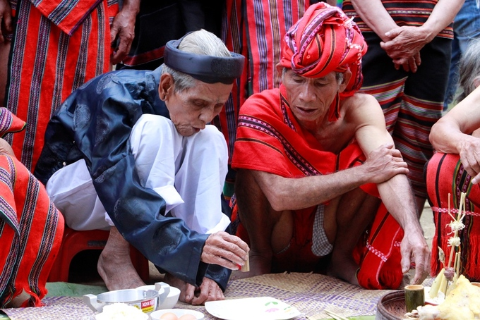 A central Vietnam harvest fest retains its traditional trappings - 3