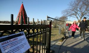 US lawmakers home for Christmas, govt workers unpaid on shutdown Day 3