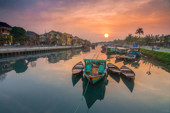 Hoi An town at sunset. Photo by Shutterstock/Vuong Kha Thinh