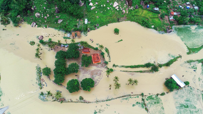 Natural disasters kill 181, cost Vietnam $858 million in 2018