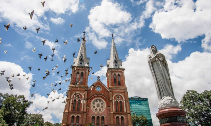 Saigon Notre Dame Cathedral restoration to extend until 2023