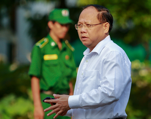 Vietnam dismisses senior HCMC Party official for land deal violations