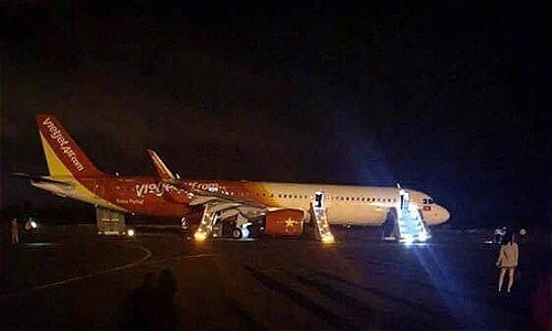 Vietnam PM calls for comprehensive review to ensure aviation safety