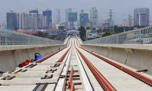 Saigon's first metro line off track, in crisis mode