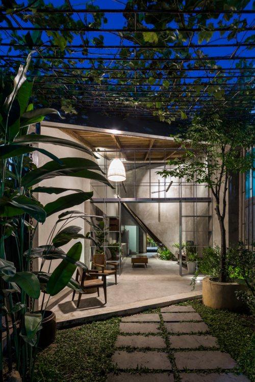 Four Vietnamese homes among Best Houses of 2018 - 6