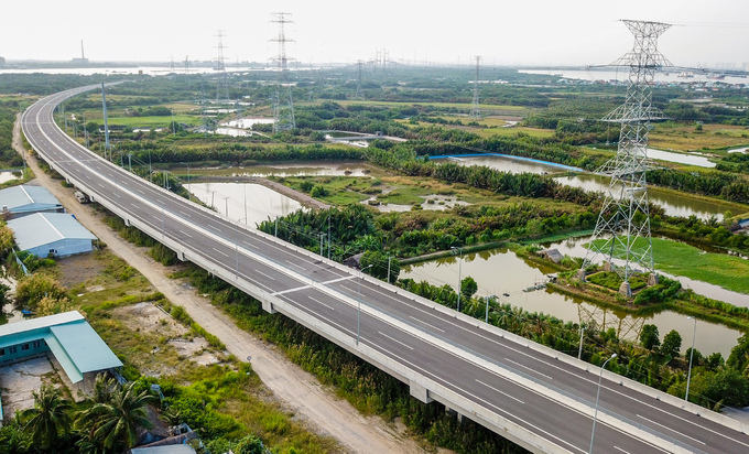 Longest expressway in southern Vietnam nowhere near completion after 4 years - 7
