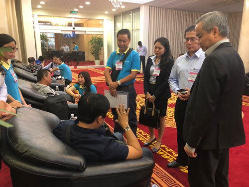 Nine Vietnamese victims of Egypt bomb attack return home