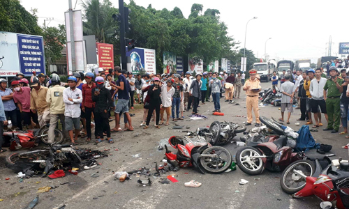 Four killed, 16 injured as truck crashes into motorbikes in Vietnam