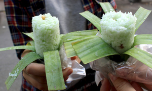 Pipe pandan rice cake, cheap dessert for sweet tooth