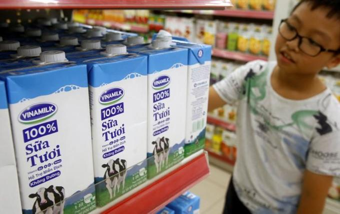 Singapore company seeks to increase stake in Vietnam's largest dairy firm