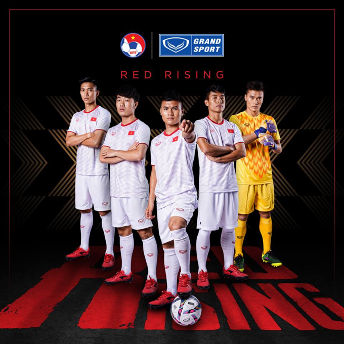 The away kit in white. Photo courtesy of Grand Sport.