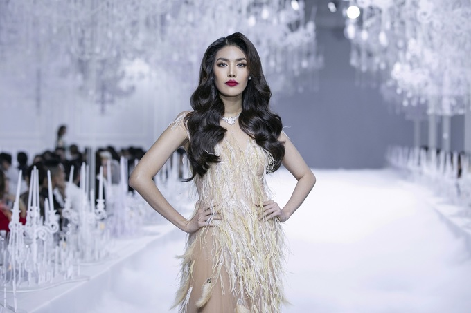 Tran Ngoc Lan Khue, a Vietnamese model, was walking in the show. Photo by Kieng Can
