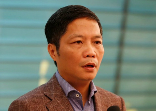 Vietnamese minister says sorry for abusing official privilege