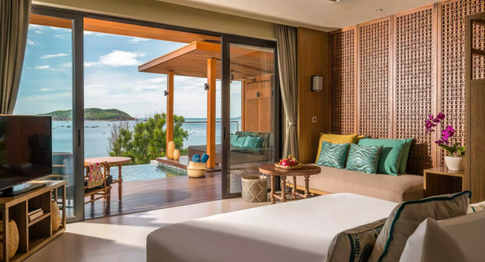 Anantara Quy Nhon Villas is surrounded by mountain on three sides and overlooking the Bay of Quy Nhon.