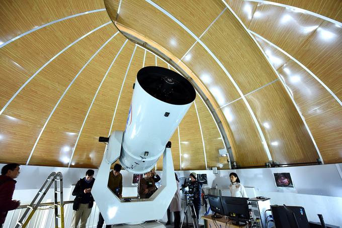 Star gazers get a modern observatory in northern Vietnam - 3
