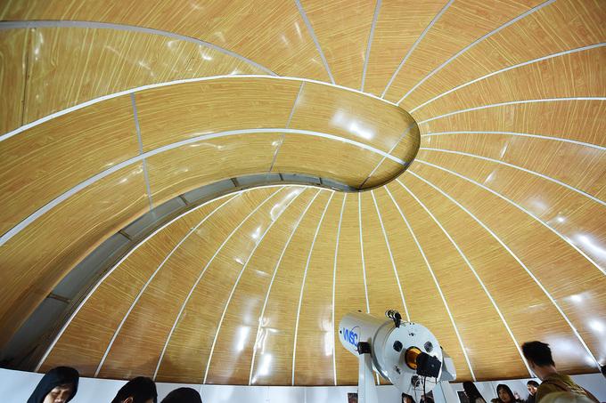 Star gazers get a modern observatory in northern Vietnam - 4
