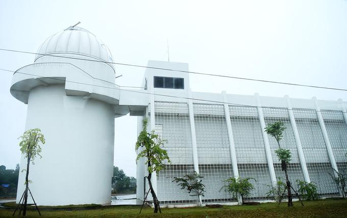 Star gazers get a modern observatory in northern Vietnam - 8
