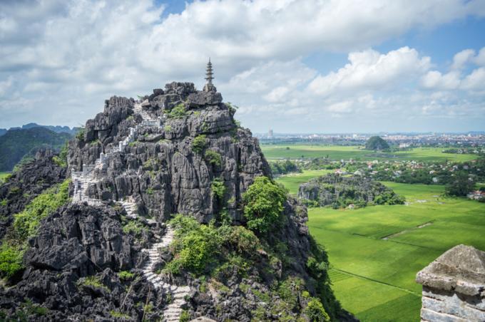 Top pagoda of Hang Mua temple in Ninh Binh. Photo by Shutterstock/ Delpixel.