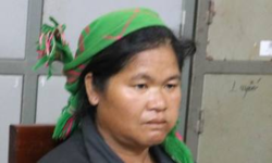 Cut Thi Hanh is accused of trafficking a woman to China. Photo by VnExpress/Hai Binh