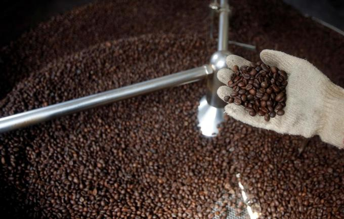 Asia Coffee: Vietnam traders cut output forecast by 10 percent