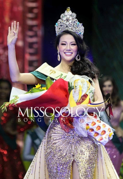 Phuong Khanh won Miss Earth 2018. Photo acquired by VnExpress