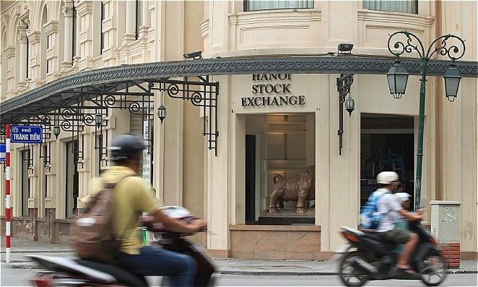 Vietnam scraps plan to merge stock exchanges