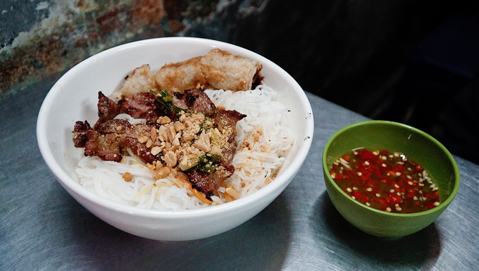 One dish, five eateries – an exploration in Saigon