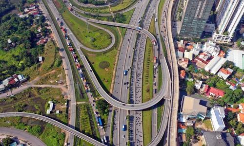 Hanoi, HCMC maintain momentum as fast-growing cities