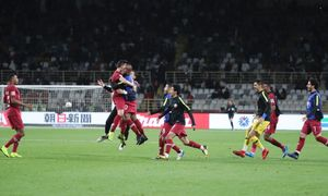 Koreans lurk as Qatar defy abuse to reach Asian Cup quarters