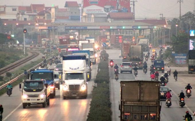 Death traps put pedestrians in Northern Vietnam in constant fear