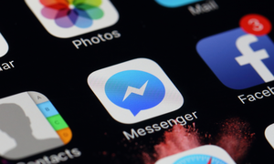 Facebook Messenger most popular chat app for online shopping in Vietnam