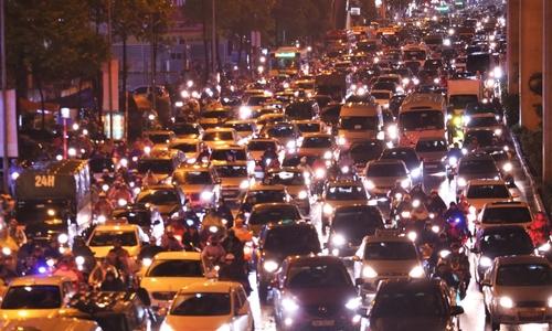 Holiday traffic blamed as Hanoi air quality turns 'very unhealthy'