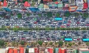 Holiday exodus triggers massive gridlocks on Hanoi streets