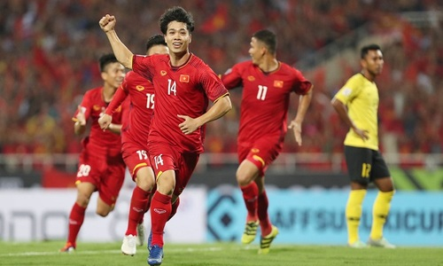 More Vietnamese football players join foreign clubs