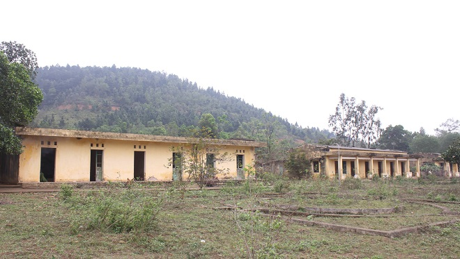 The scenery is devastated and deserted at Da Bac leprosy center facility. Photo by VnExpress/ Thuy An