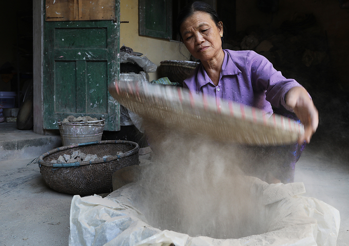 Artisan sustains legacy of clay statue making in northern Vietnam - 4