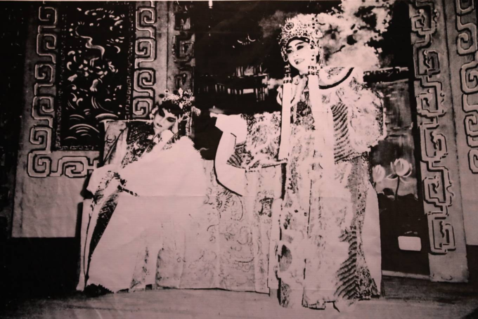Saigon street exhibition honors Vietnam folk operaSaigon street exhibition honors Vietnam folk opera - 7