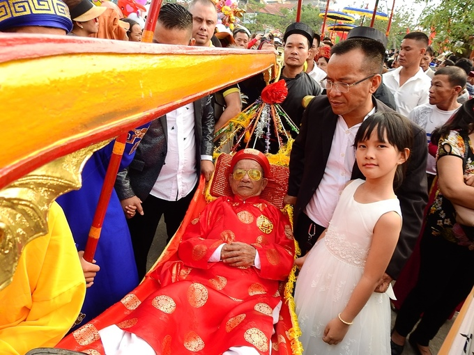 Northern Vietnam festival reveres seniors