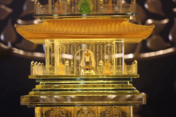 Vietnams tallest mountain acquires a spiritual dimension - 12