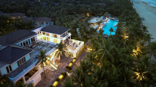 Premier Village Danang Resort again wins second prize in TripAdvisor awards